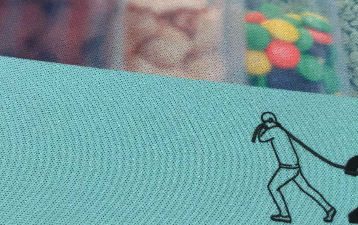 ビスタプリントで印刷したマウスパッド 表面